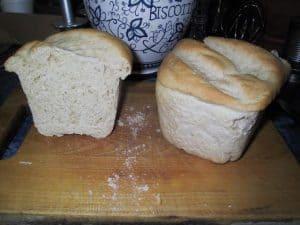 Hungarian simple pan bread, sliced
