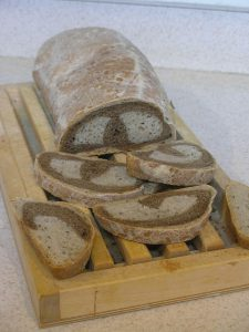 Reversing the colors, but still - Infinite rye bread - to infinity and beyond!