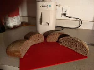 Mockmill with bread