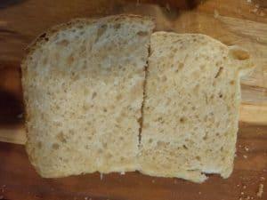 Frigid (right) and Scruffy (left) crumb comparison